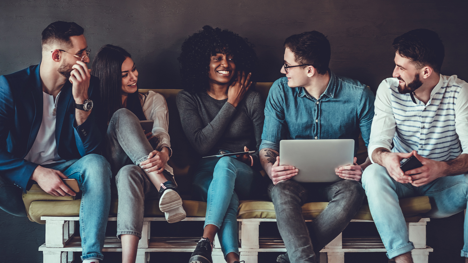 Combining Employee Experience and Customer Experience
